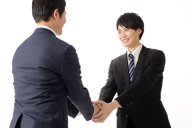 中小企業・ベンチャー企業は大企業の新卒採用選考前に会い切っておくことが大切なポイント